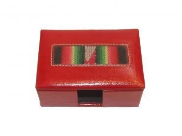 Cofre Porta tarjetas en Biocuero color rojo y telar