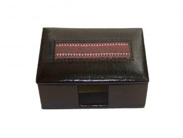 Cofre porta tarjetas en Biocuero negro y telar