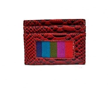 Tarjetero doble en charol color rojo y detalle telar andino